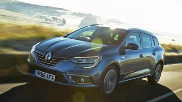 Renault Megane Sport Tourer - front tracking 2