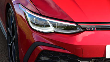 Volkswagen Golf GTI - headlight