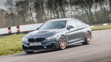 BMW M4 GTS UK 2016 - front cornering 2