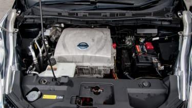 EV driving school - Nissan Leaf - engine bay
