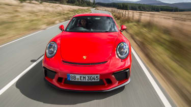 Porsche 911 GT3 - full front tracking