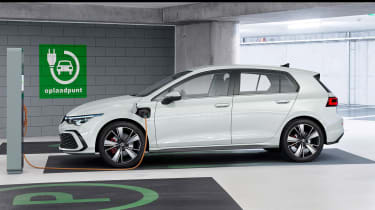 New Volkswagen Golf Mk8 leaked images - GTE