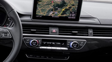 Audi S5 Sportback - centre console