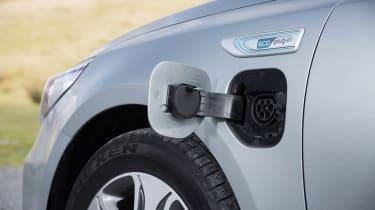 Kia Optima Sportswagon PHEV - plug-in