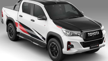 Toyota Hilux GR Sport - top