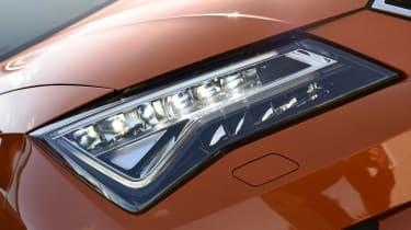 SEAT Ateca long term final report - front light
