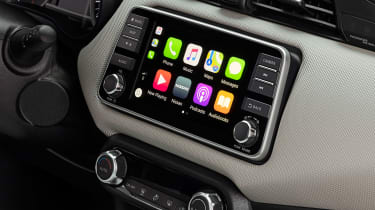 Nissan Micra - Apple CarPlay