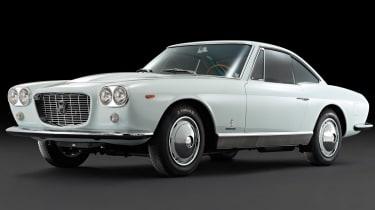 The Lancia Flaminia replaced the Aurelia, bringing gorgeous Pininfarina looks to update the flagship model.