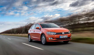 Volkswagen Polo 1.0 MPI - front tracking