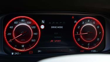 Hyundai i20 N - dials