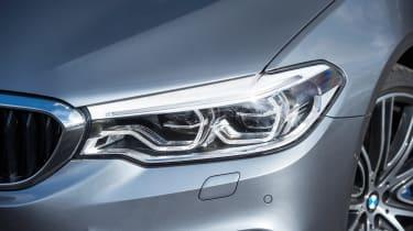 BMW 5 Series 2017 - 540i headlight