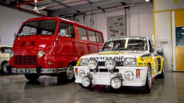 extremes of Renault cars