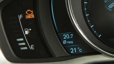 Used Volvo V70 - dials