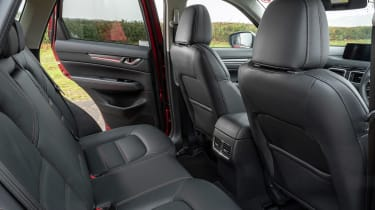 Mazda CX-5 2.0 - rear seats