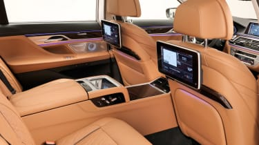BMW 7 Series facelift - rear seats
