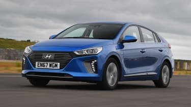 Hyundai Ioniq Plug-in - front action