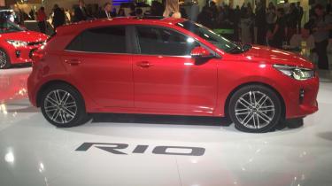 New Kia Rio revealed in Paris 2016 side