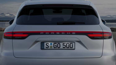 Porsche Cayenne Turbo - rear detail