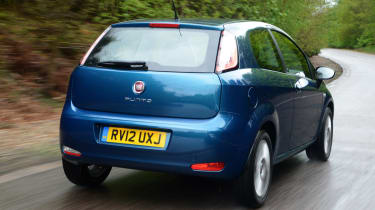 Fiat Punto rear tracking