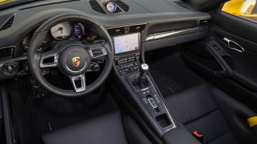 Porsche 911 Carrera S Cabriolet interior