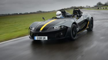 Zenos E10 review - front cornering 2