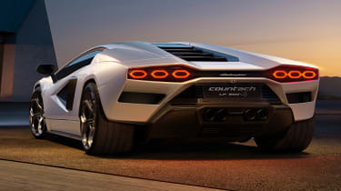 Lamborghini Countach LPI 800-4 rear