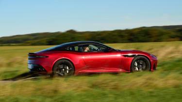 Aston Martin DBS Superleggera - side