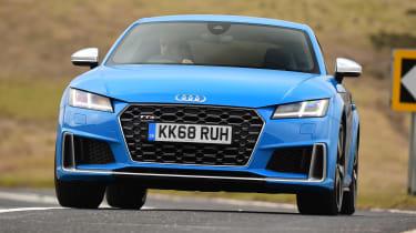 Audi TTS - front cornering