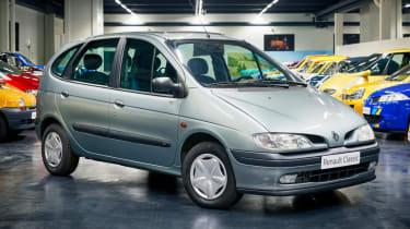 Renault Megane Scenic front