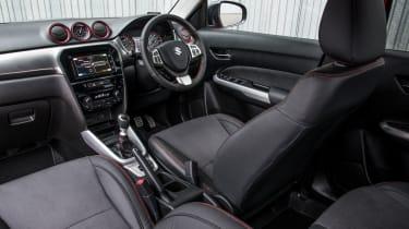 Suzuki Vitara S - cabin