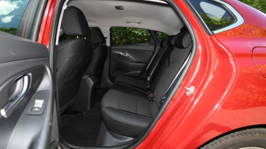 Hyundai i30 Fastback - back seats