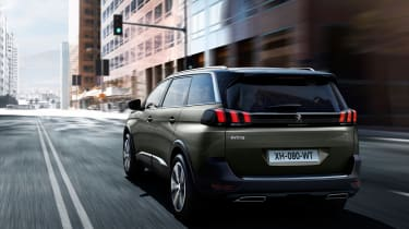 New Peugeot 5008 2016 - brown rear tracking