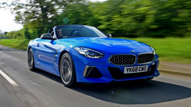 BMW Z4 M40i - front tracking