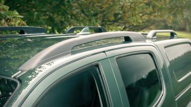 Isuzu D-Max Huntsman roof rail