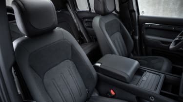 Land Rover Defender V8 - seats