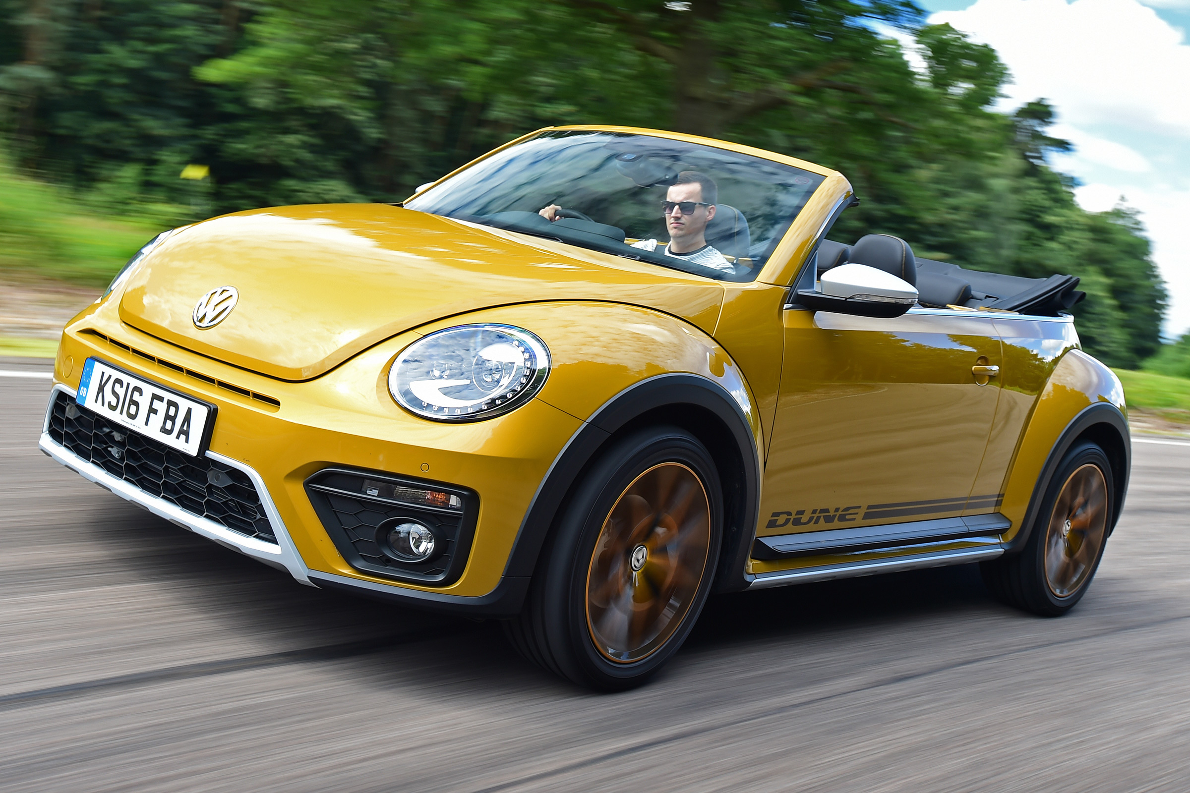 Volkswagen Beetle Dune 2016 Review Auto Express