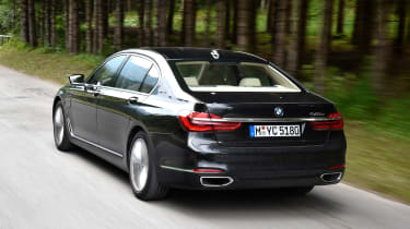 BMW 740e - rear