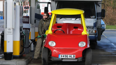 Cosy Coupe replica petrol station