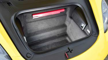 Porsche 718 Cayman - front boot