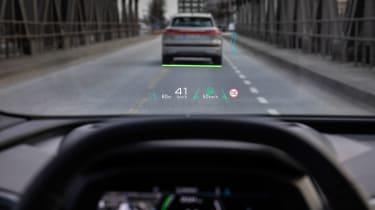 Audi Q4 e-tron - head-up display