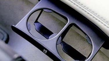 Cadillac BLS cupholder