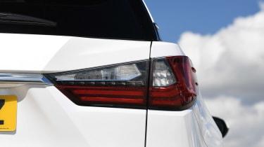 Lexus RX 450h L - rear lights