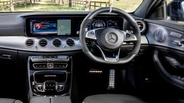 Mercedes-AMG E 63 S - dash