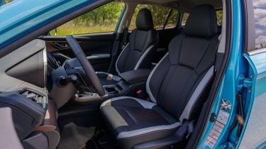 Subaru XV - front interior