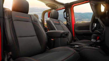 Jeep Gladiator - seats