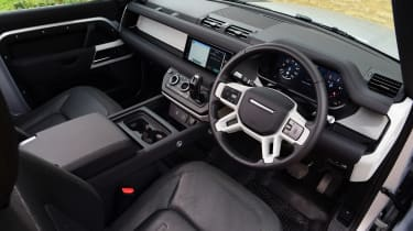 Land Rover Defender 90 D250 - cabin