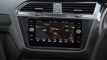 Volkswagen Tiguan Allspace - sat-nav