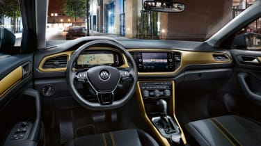 Volkswagen T-Roc: technology when you work, rest and play (sponsored) - interior