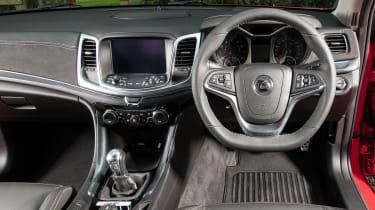 Vauxhall VXR8 Maloo - dash