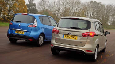 Renault Scenic and Ford B-MAX rear tracking